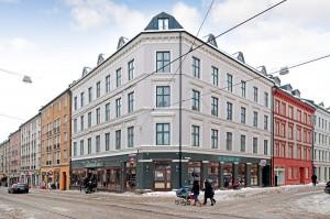 2 roms på Grünerløkka  Sentral beliggenhet, gjennomgående, peisovn...